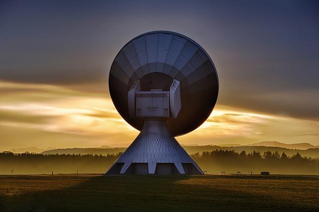 velký satelit